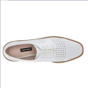 Nine West Verwin white leather platform oxfords 8